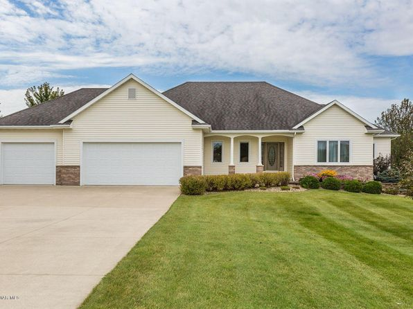 5 bed 4 bath Single Family at 1345 Valley View Dr SW Oronoco, MN, 55960 is for sale at 460k - 1 of 38