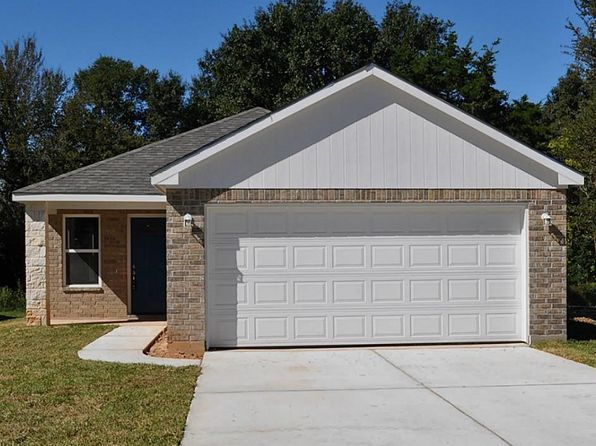 3 bed 2 bath Single Family at 829 16th St Hempstead, TX, 77445 is for sale at 155k - 1 of 14