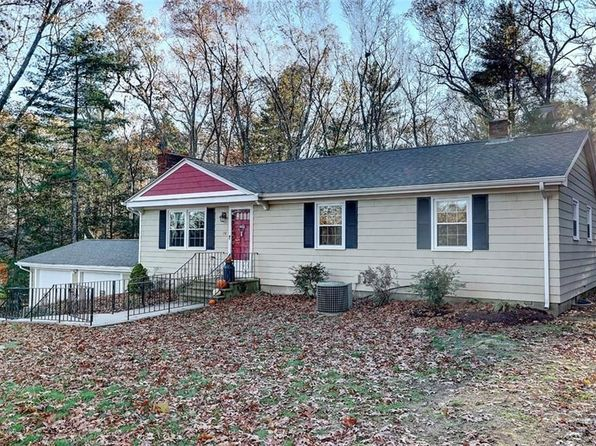 3 bed 1 bath Single Family at 38 John Mowry Rd Smithfield, RI, 02917 is for sale at 329k - 1 of 24
