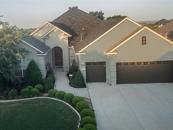 3 bed 4 bath Single Family at 9721 Amber Ct Denton, TX, 76207 is for sale at 525k - 1 of 19