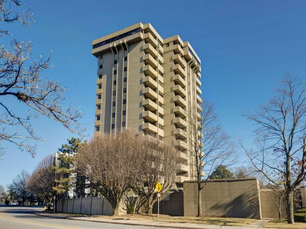 2 bed 2 bath Condo at 350 S John Q Hammons Pkwy Springfield, MO, 65806 is for sale at 170k - 1 of 24
