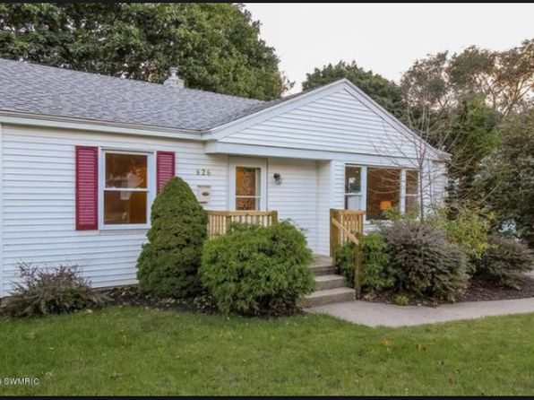 Waterfront Homes For Sale Near Grand Rapids Mi