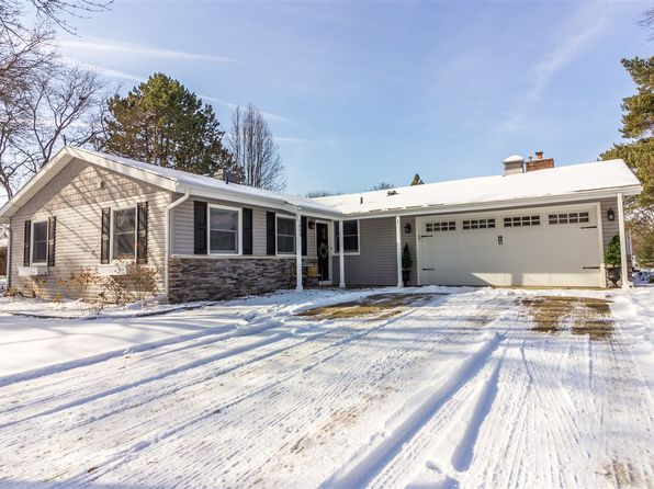 3 bed 2 bath Single Family at 1059 FENTON HILLS DR FLINT, MI, 48507 is for sale at 135k - 1 of 31