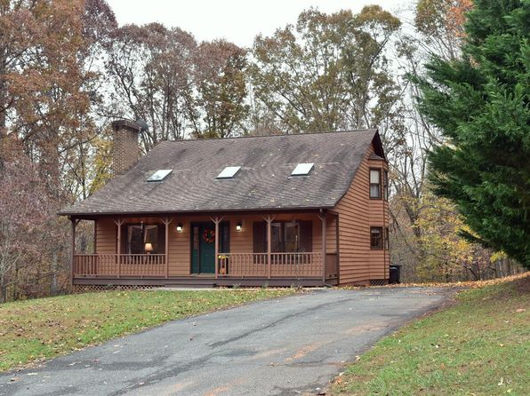 3 bed 2 bath Single Family at 132 Regal Oaks Way Amherst, VA, 24521 is for sale at 183k - 1 of 35