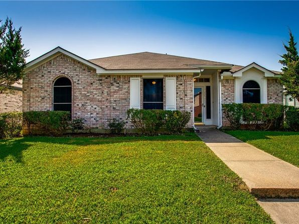 3 bed 2 bath Single Family at 2108 Emerald Oaks Mesquite, TX, 75181 is for sale at 167k - 1 of 28
