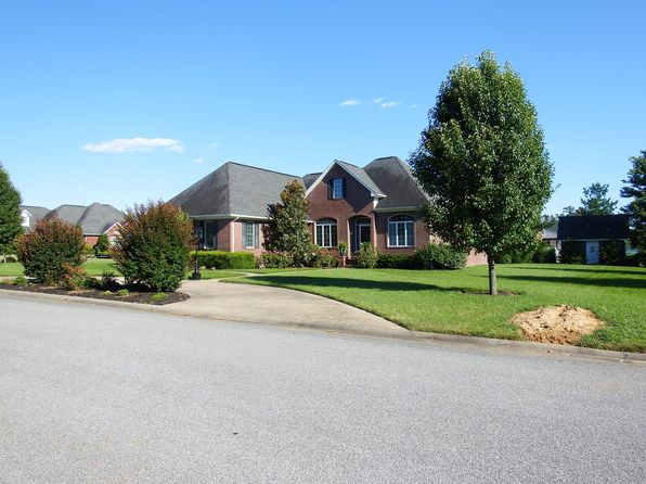4 bed 4 bath Single Family at 1879 Angelia Dr Murray, KY, 42071 is for sale at 375k - 1 of 34