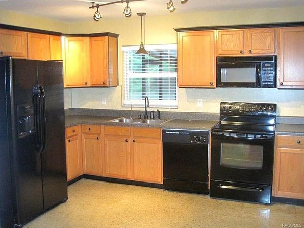 3 bed 2 bath Single Family at 9565 W Cranberry St Crystal River, FL, 34428 is for sale at 175k - 1 of 23