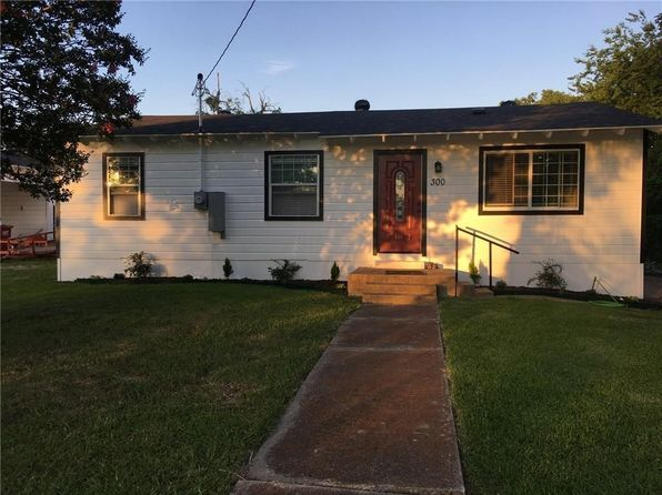 3 bed 1 bath Single Family at 300 Howard St Royse City, TX, 75189 is for sale at 130k - 1 of 3