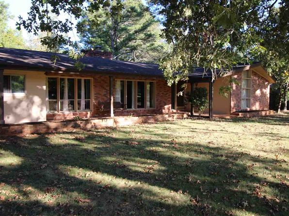 4 bed 3 bath Single Family at 501 Berkeley Dr Clemson, SC, 29631 is for sale at 295k - 1 of 31