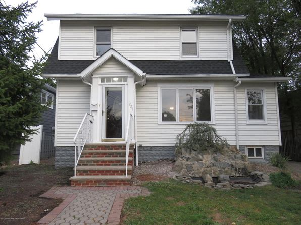 3 bed 2 bath Single Family at 727 Baltimore Ave Roselle, NJ, 07203 is for sale at 285k - 1 of 27