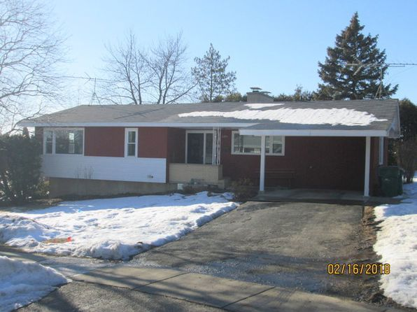 3 bed 2 bath Single Family at 320 N Rosedale Ct Round Lake, IL, 60073 is for sale at 157k - 1 of 17