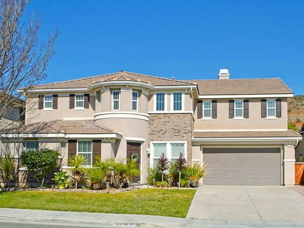 5 bed 5 bath Single Family at 31704 BRENTWORTH ST MENIFEE, CA, 92584 is for sale at 490k - 1 of 33