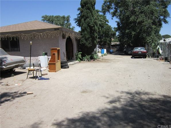 3 bed 1 bath Single Family at 3633 June St San Bernardino, CA, 92407 is for sale at 190k - 1 of 2