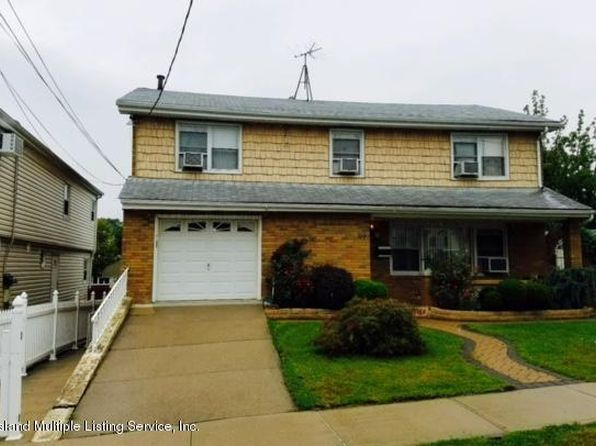 4 bed 3 bath Single Family at 97 Escanaba Ave Staten Island, NY, 10308 is for sale at 739k - 1 of 13