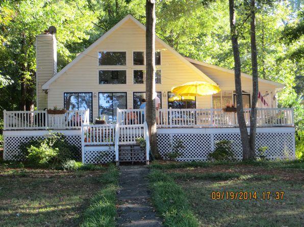3 bed 2 bath Single Family at 109 Pine Cir Eatonton, GA, 31024 is for sale at 397k - 1 of 33