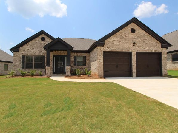 3 bed 2.5 bath Single Family at 3216 Alhambra Cir Hampton, GA, 30228 is for sale at 262k - 1 of 29