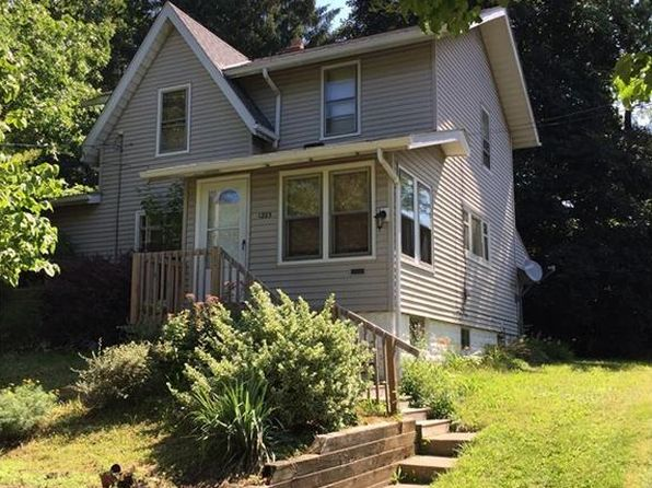 3 bed 2 bath Single Family at 1223 Pitkin Ave Akron, OH, 44310 is for sale at 79k - 1 of 19