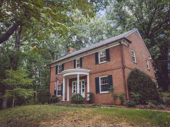 5 bed 4 bath Single Family at 40 College Cir Staunton, VA, 24401 is for sale at 375k - 1 of 35