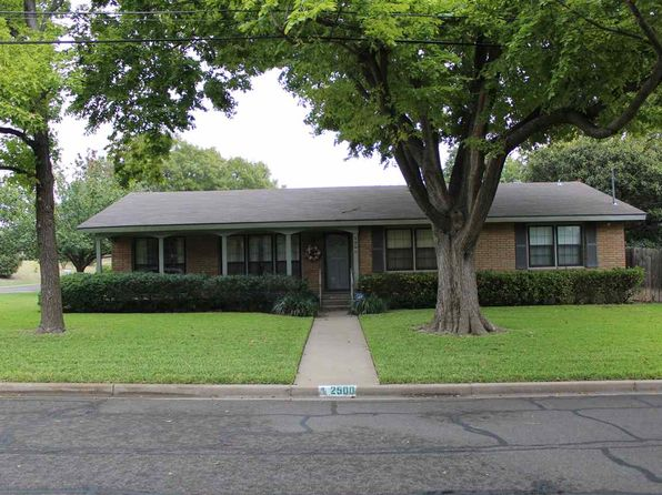3 bed 2 bath Single Family at 2500 Rockview Dr Waco, TX, 76710 is for sale at 164k - 1 of 13