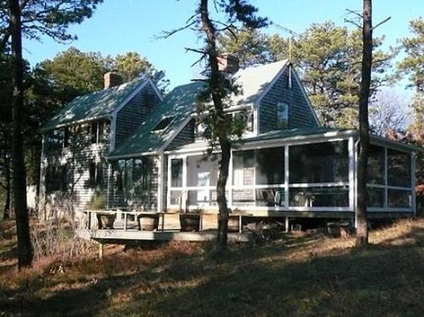 3 bed 2 bath Single Family at 3 SOUZAS WAY TRURO, MA, 02666 is for sale at 995k - 1 of 25
