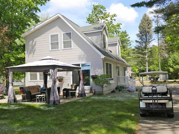 4 bed 3 bath Single Family at 43 Pleasant St Meredith, NH, 03253 is for sale at 625k - 1 of 28