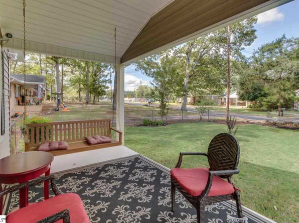 3 bed 2 bath Single Family at 14 Duncan Rd Greenville, SC, 29617 is for sale at 140k - 1 of 26