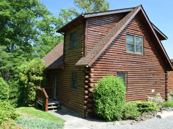 2 bed 2 bath Single Family at 3210 Lake Shore Dr Lake George, NY, 12845 is for sale at 61k - 1 of 11