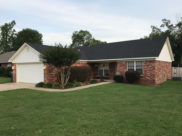3 bed 2 bath Single Family at 804 E 22nd St Russellville, AR, 72802 is for sale at 150k - 1 of 48