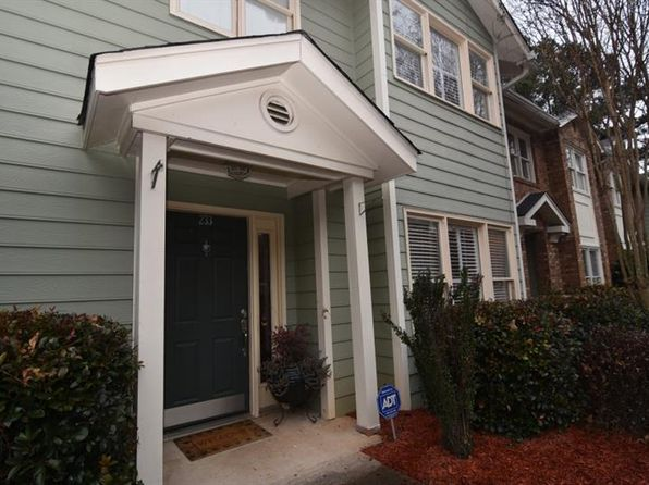 3 bed 3 bath Condo at 233 Peachtree Hollow Ct Sandy Springs, GA, 30328 is for sale at 265k - 1 of 27