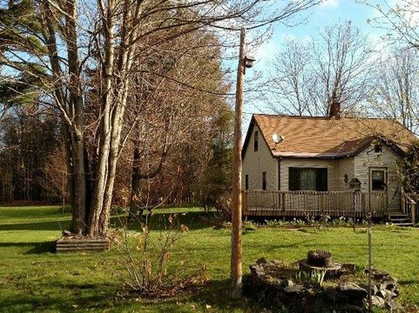 3 bed 1 bath Single Family at 605 Pennsylvania Ave Ontonagon, MI, 49953 is for sale at 40k - 1 of 11