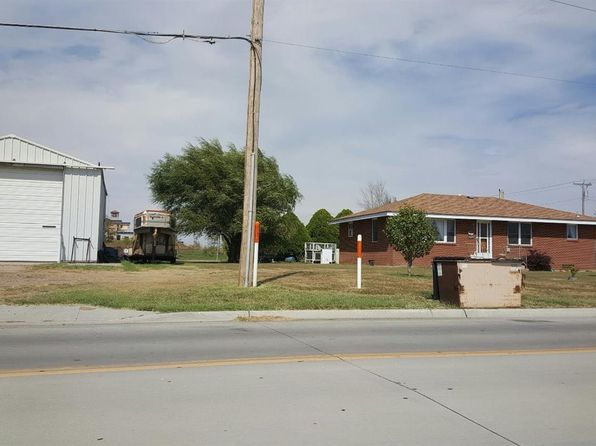 4 bed 2 bath Single Family at 2607 E Schulman Ave Garden City, KS, 67846 is for sale at 525k - google static map