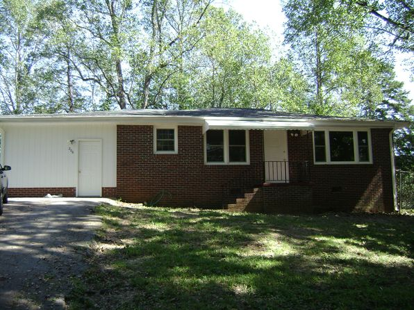 3 bed 1 bath Single Family at 206 Baker Cir Marietta, SC, 29661 is for sale at 120k - 1 of 13
