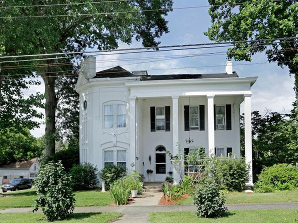 3 bed 2 bath Single Family at 200 College St Winchester, KY, 40391 is for sale at 220k - 1 of 62