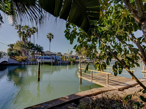 3 bed 2 bath Single Family at 500 Crystal Dr Madeira Beach, FL, 33708 is for sale at 485k - 1 of 39