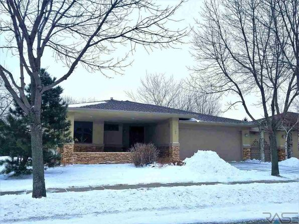 2 bed 2 bath Single Family at 200 E Pinehurst Dr Sioux Falls, SD, 57108 is for sale at 290k - 1 of 22