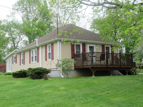 2 bed 1 bath Single Family at 25 Prince St Hamburg, NJ, 07419 is for sale at 240k - 1 of 37