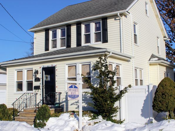 4 bed 2 bath Single Family at 120 Monroe St Franklin Square, NY, 11010 is for sale at 599k - 1 of 23