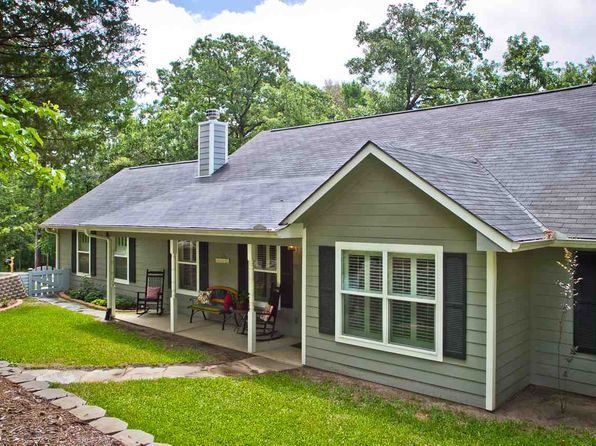 3 bed 2 bath Single Family at 156 W Holly Trl Holly Lake Ranch, TX, 75765 is for sale at 156k - 1 of 25