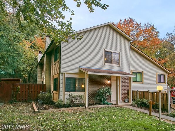 2 bed 2 bath Townhouse at 10657 Oak Thrush Ct Burke, VA, 22015 is for sale at 300k - 1 of 29