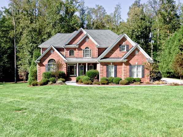 4 bed 5 bath Single Family at 8245 Ipswich Ct Summerfield, NC, 27358 is for sale at 499k - 1 of 26