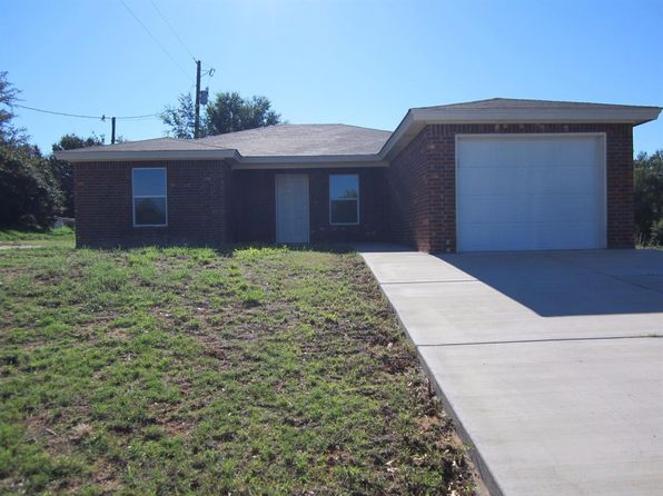 3 bed 2 bath Single Family at 405 Ave E Plains, TX, 79355 is for sale at 110k - 1 of 13