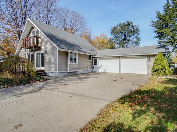 3 bed 1 bath Single Family at 1849 W 32ND ST HOLLAND, MI, 49423 is for sale at 214k - 1 of 48