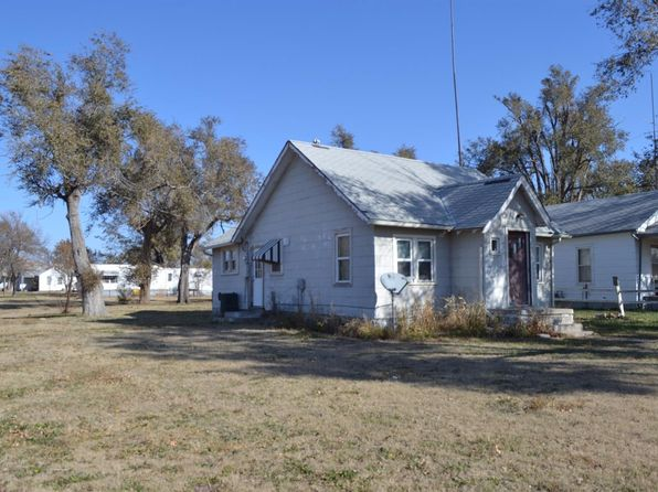 2 bed 1 bath Single Family at 241 W 15th St Russell, KS, 67665 is for sale at 19k - 1 of 17