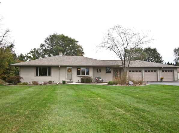 3 bed 3 bath Single Family at 1278 Keup Rd Grafton, WI, 53024 is for sale at 330k - 1 of 16