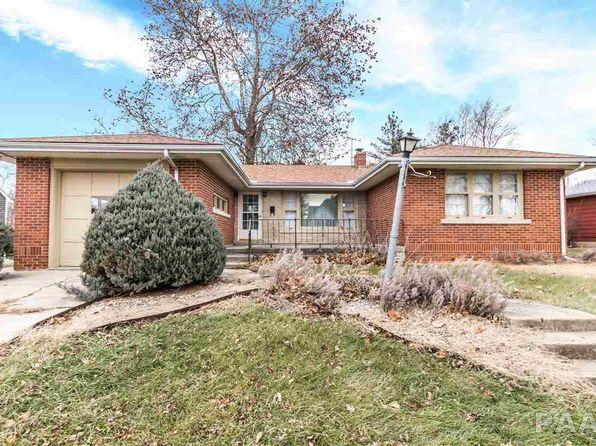 2 bed 2 bath Single Family at 408 W Davison St Roanoke, IL, 61561 is for sale at 80k - 1 of 30