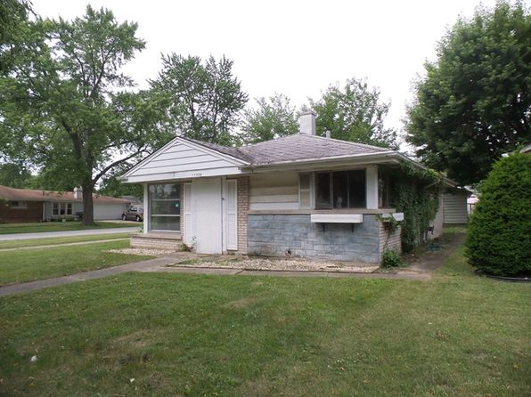 2 bed 1 bath Single Family at 17056 GREENBAY AVE LANSING, IL, 60438 is for sale at 19k - google static map