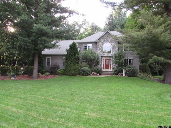 4 bed 4 bath Single Family at 21 Four Leaf Mnr Rexford, NY, 12148 is for sale at 429k - 1 of 24