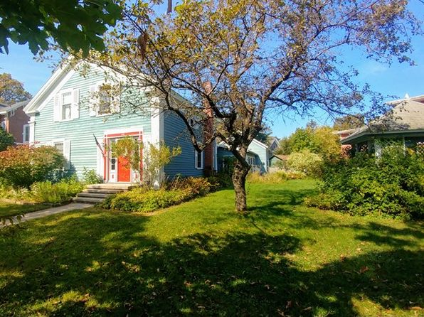 4 bed 2 bath Single Family at 112 Elm St Malone, NY, 12953 is for sale at 130k - 1 of 25