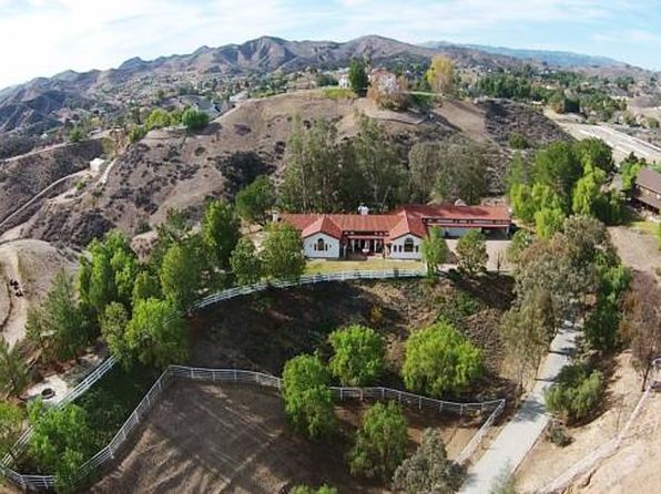 4 bed 3 bath Single Family at 30505 SLOAN CANYON RD CASTAIC, CA, 91384 is for sale at 1.50m - 1 of 50