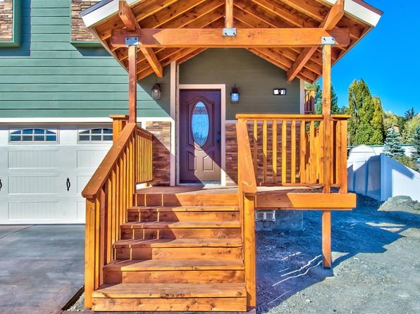 4 bed 3 bath Single Family at 5480 Locarno Dr Wrightwood, CA, 92397 is for sale at 420k - 1 of 29